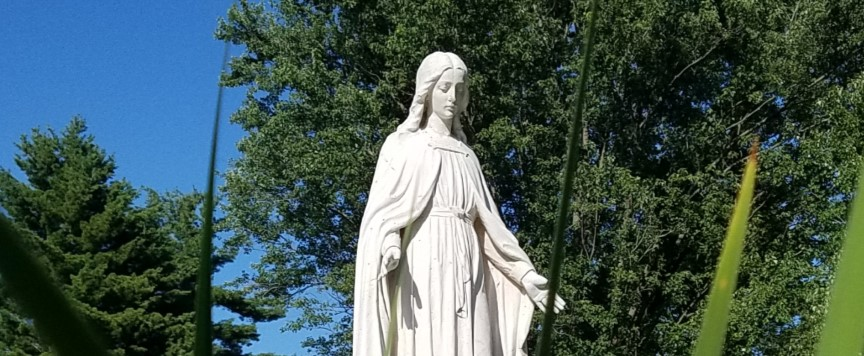 Statue of Saint Mary